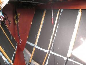 Wärmedämmung im Vorschiff nach Refit