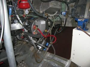Motorraum nach Austausch des 80 L Boiler gegen 24 L Boiler
